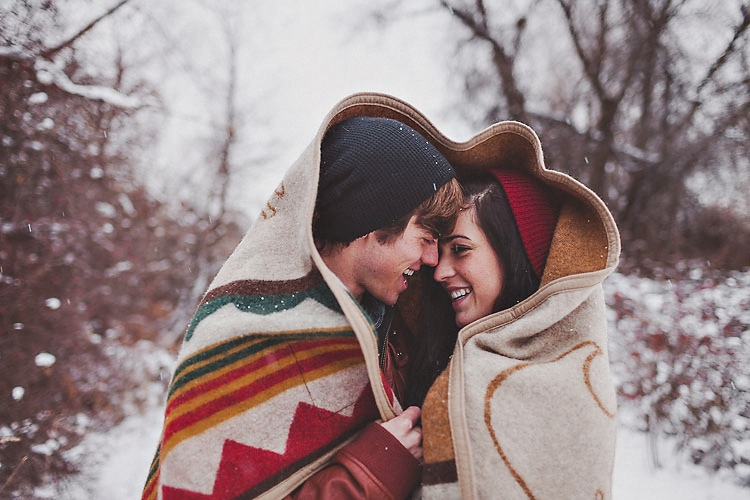 Winter Snow Engagement – Suzy + Esteban