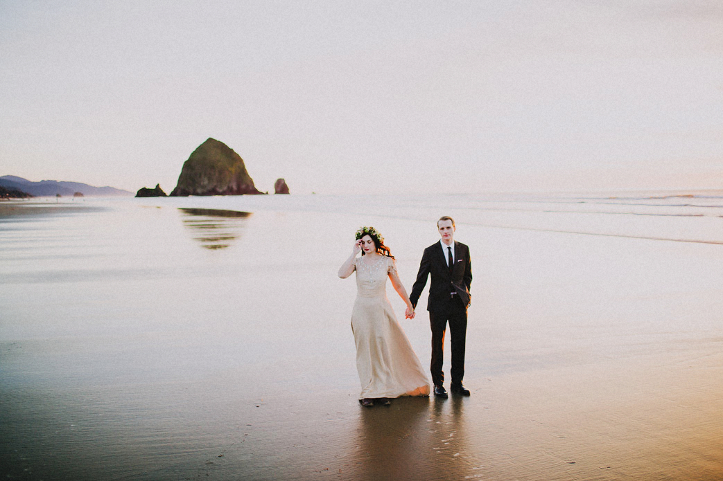 haystack rock cannon beach wedding photo cannon beach oregon