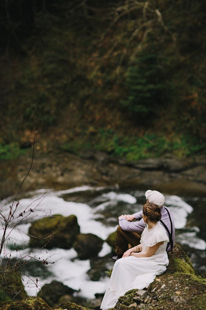 wahclella-falls-elopement-0038