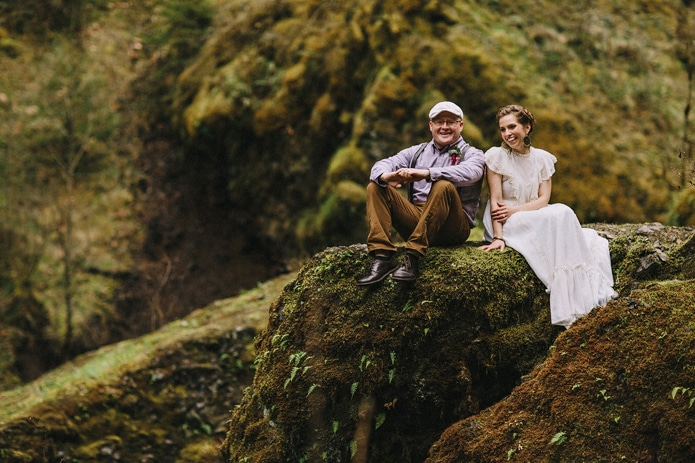 wahclella-falls-elopement-0039
