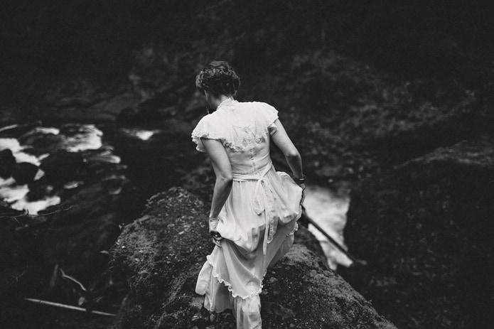 wahclella-falls-elopement-0040