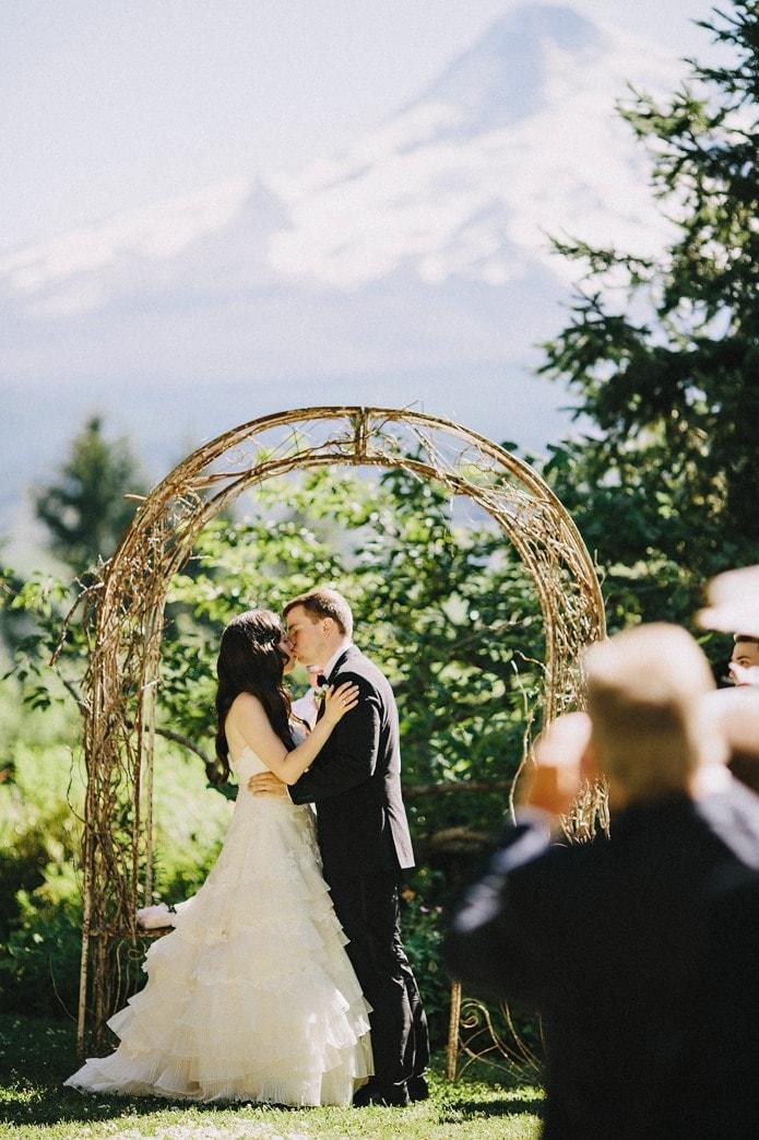 mt. hood organic farms wedding photo (19)