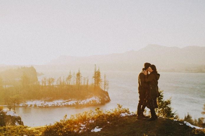 oregon-gorge-engagement-photos-0017