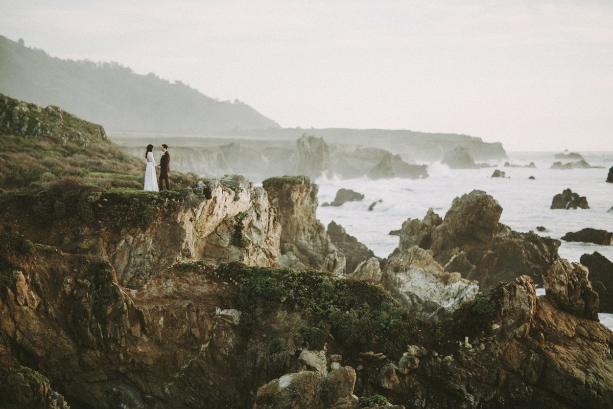 big sur ocean cliff wedding photo