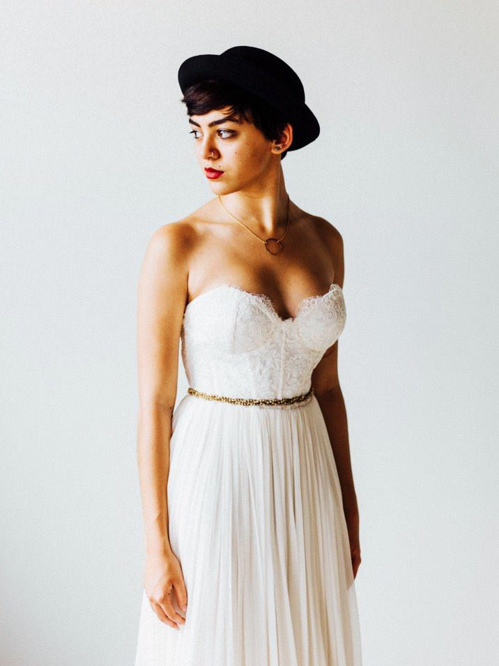 portland oregon wedding dress photo