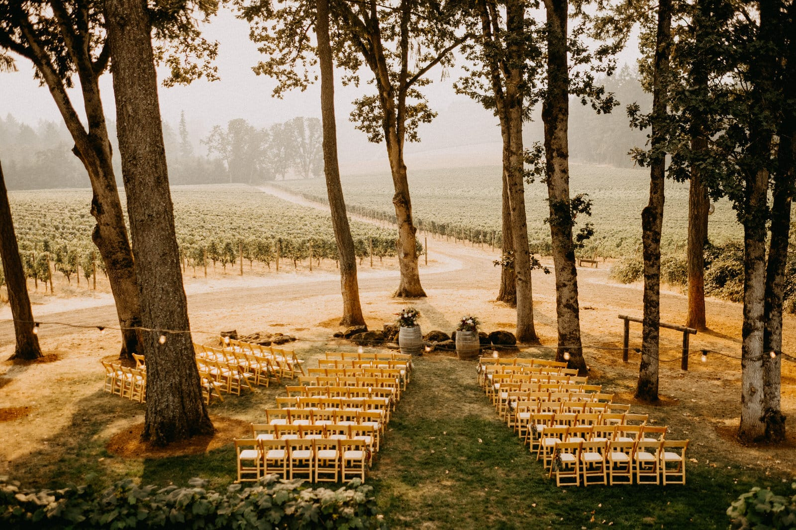 wedding at domaine de broglie in dayton oregon
